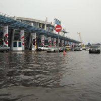125260 Аэропорт Жуляны в Киеве затопило из-за ливня