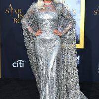 """127508 Снежная королева: Леди Гага на премьере фильма Брэдли Купера """"Звезда родилась"""" в Лос-Анджелесе"""