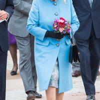 130009 От Елизаветы II до Кейт Миддлтон и Меган Маркл: почему представители монаршей семьи годами носят одну и ту же обувь
