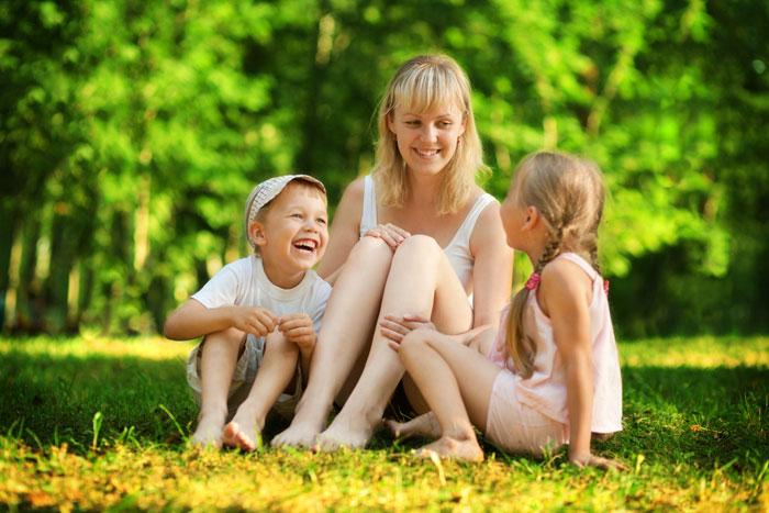131100 У моей свекрови трое детей. Старший из них мой муж Яша