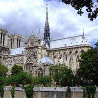 133034 Парижский Нотр Дам потушен и готовится к восстановлению