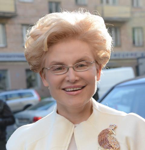 Елена Малышева оправдалась за эфир о «детях-кретинах»