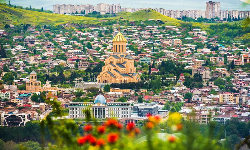 Из Киева в Тбилиси запустят десять чартерных рейсов