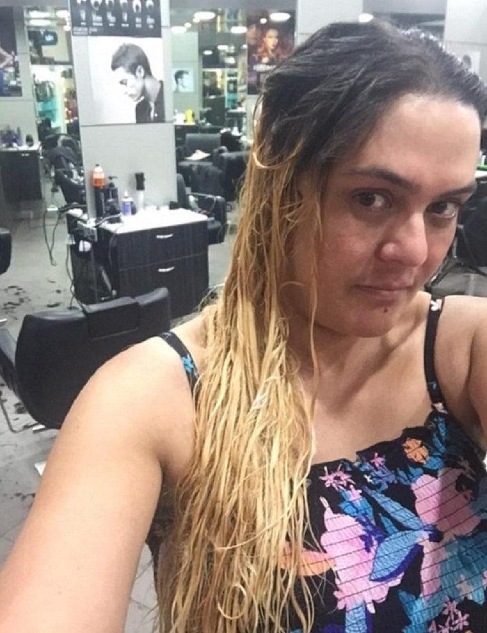 135651 Девушке испортили волосы в дорогом салоне. Всё исправил обычный парикмахер