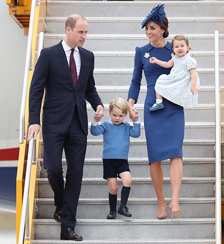 На фоне скандала с Меган и Гарри: Кейт Миддлтон и принц Уильям выбрали бюджетные авиалинии для путешествия в Шотландию