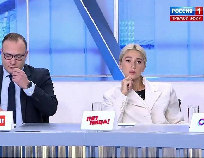 138645 Ивлеева и Батрутдинов пришли спросить у Медведева про YouTube