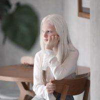 147651 11-летняя Амина имеет неземную внешность, ей пророчат карьеру модели