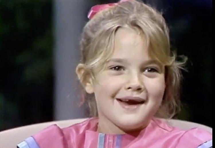 147818 Назад в будущее: Дрю Бэрримор взяла интервью у самой себя в 7-летнем возрасте