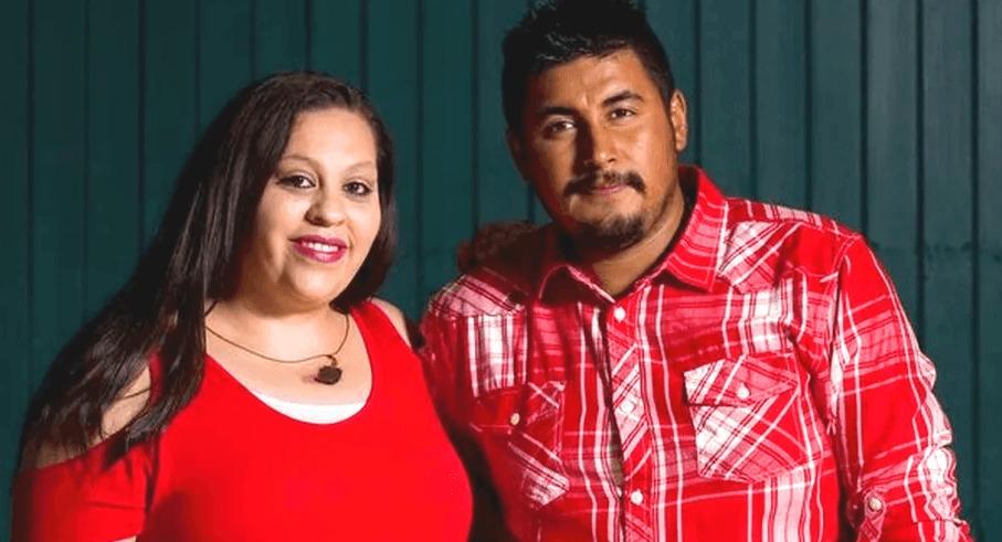 Ей всего 29 лет, а она родила уже 14 девочек, а все потому, что семья мечтает о мальчике