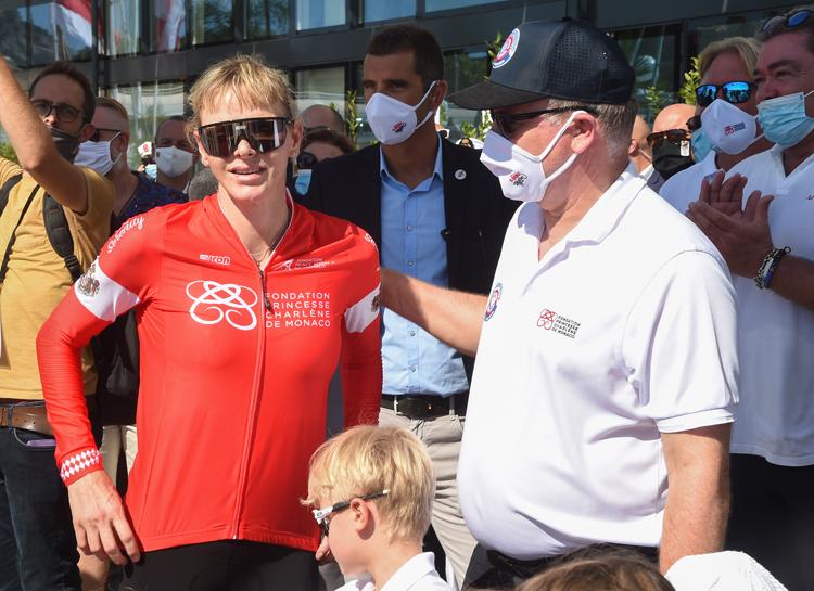 Княгиня Шарлен одержала победу в соревнованиях Water Bike Challenge