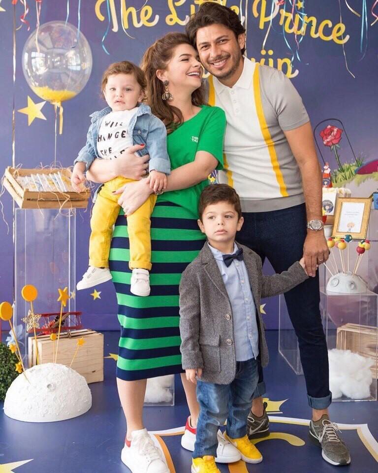 Как выглядит в жизни Пелин Карахан (Михримах из «Великолепного века») , ее муж и дети