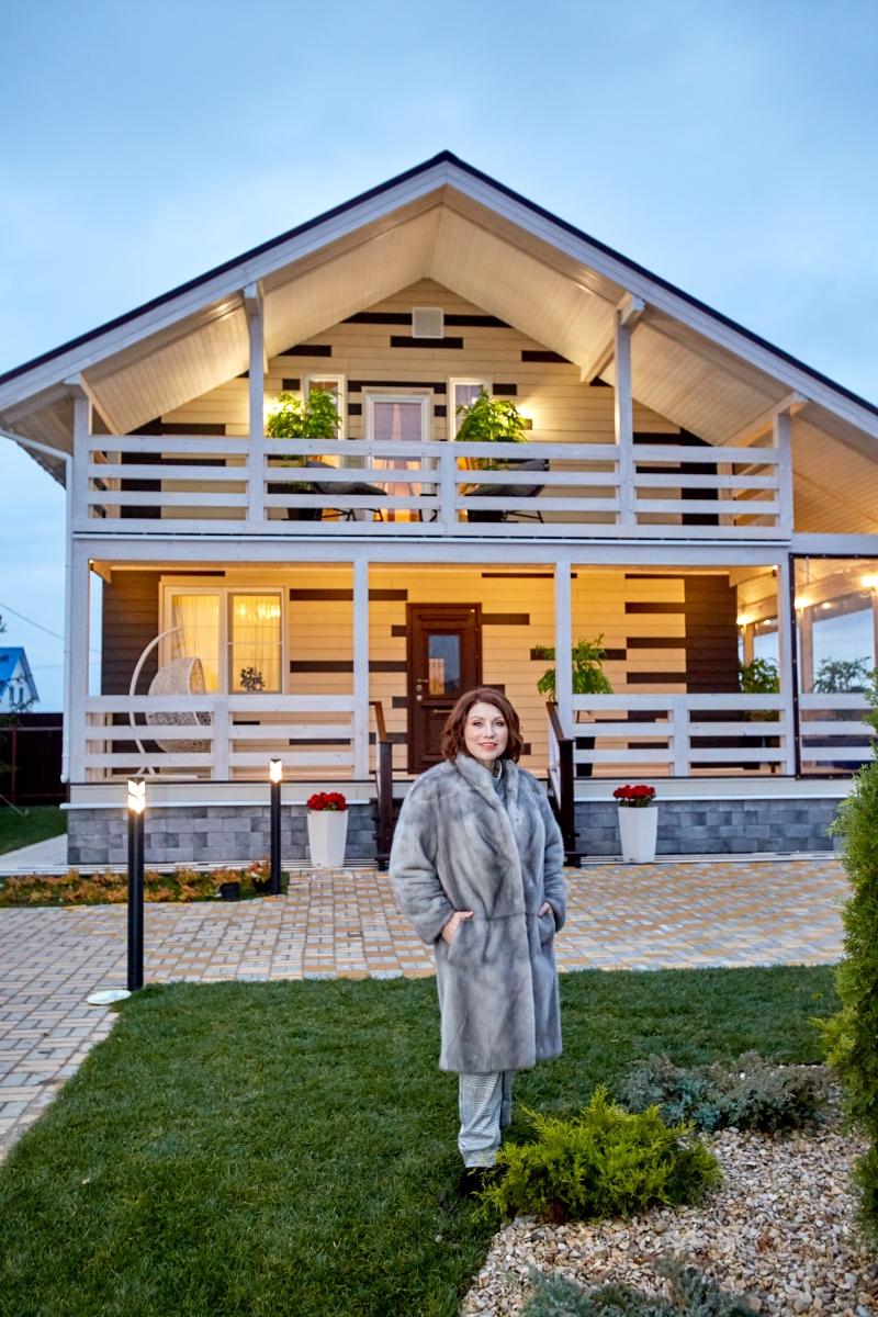 166196 Уютно и комфортно: Знаменитая сваха Роза Сябитова показала дом, в котором она живет
