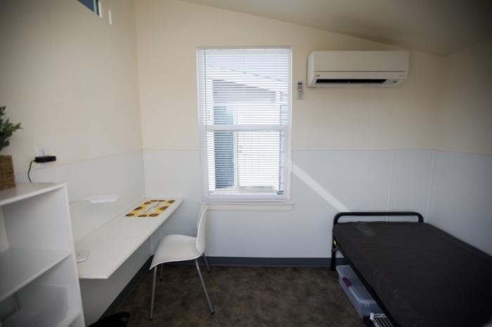 В Америке для бездомных есть дома, в которых можно жить бесплатно, но с определенным условием