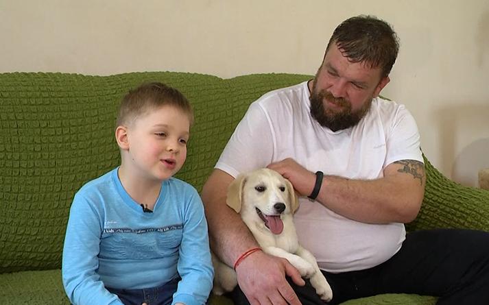 168176 6-летний Иван вместе со своим папой спасли уже более сотни брошенных животных