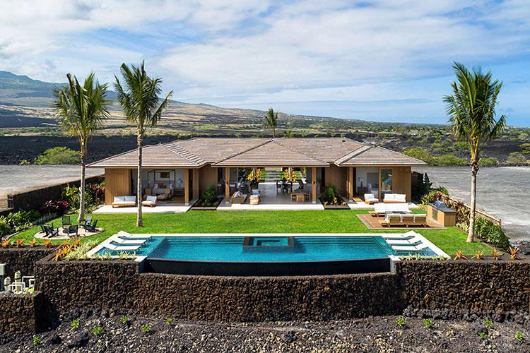 В гостях у Мэттью Макконахи и Камиллы Алвес: экскурсия по новой вилле пары на Гавайях